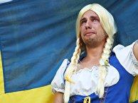 Болельщик сборной Швеции после матча 1/4 финала чемпионата мира по футболу в России