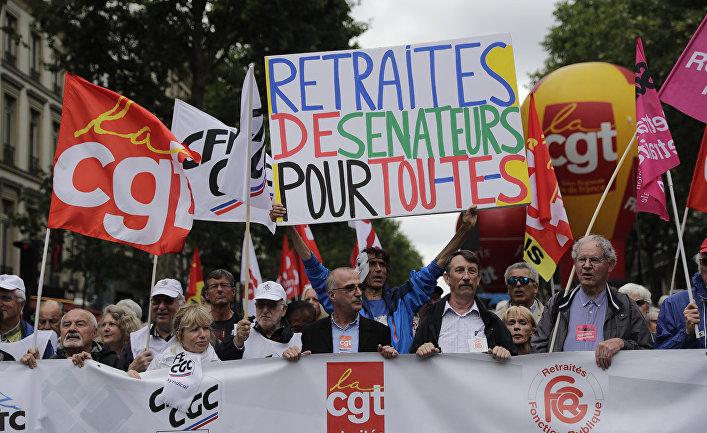 Акция протеста против социальной политики французского правительства в Париже