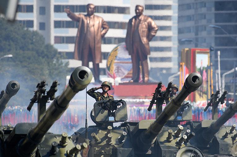 Парад в честь 70-летия Северной Кореи