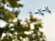 """Многофункциональные истребители Су-57 во время демонстрационных полетов в рамках Международного военно-технического форума """"Армия-2018"""""""