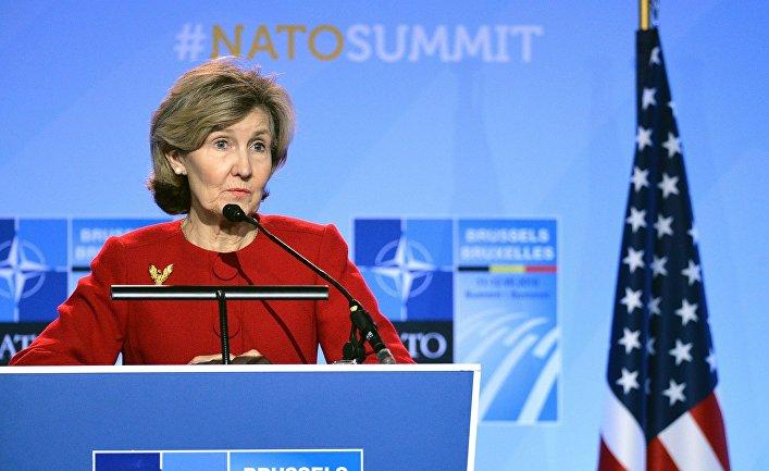 Постоянный представитель США при НАТО Кей Бейли Хатчисон