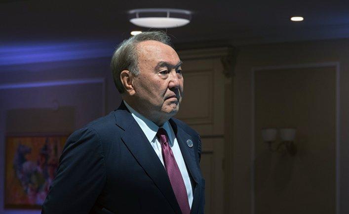 Нурсултан Назарбаев на церемонии встречи глав государств-участников V Каспийского саммита в Актау. 12 августа 2018