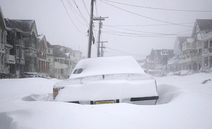 Снежная буря в Нью-Джерси, США