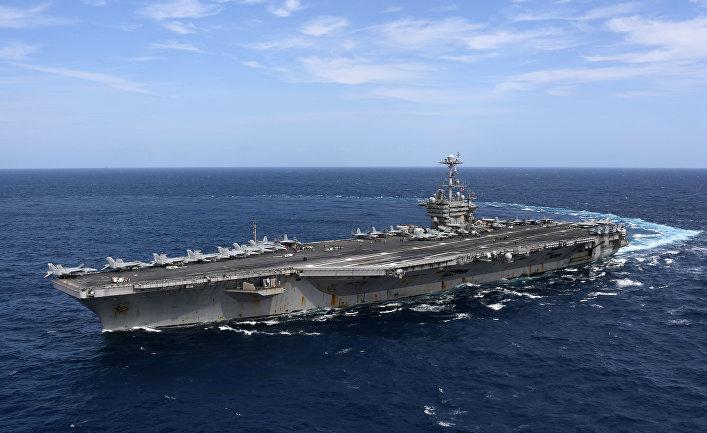 """Американский авианосец """"Гарри Трумэн"""" в Атлантическом океане. Сентябрь 2018"""