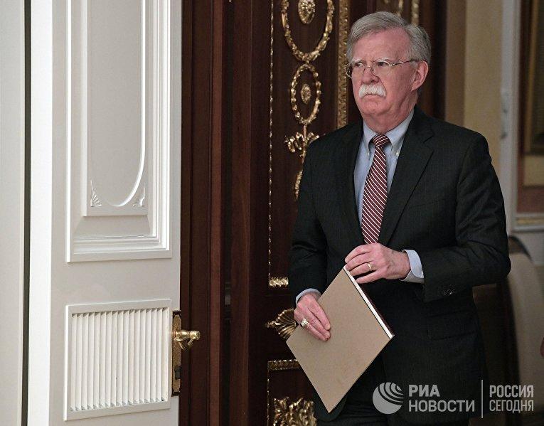 Встреча президента РФ В. Путина с помощником президента США по национальной безопасности Д. Болтоном