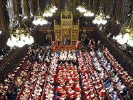 Королева Великобритании Елизавета в Палате лордов на открытии парламента в Вестминстерском дворце в Лондоне