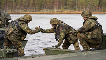Немецкие солдаты во время учений НАТО Trident Juncture в Норвегии