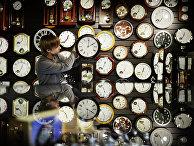 Перевод часов. Архивное фото