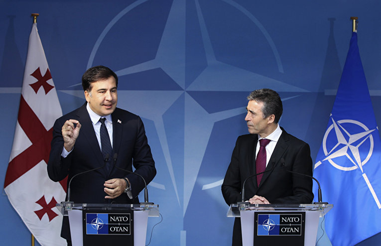 Андерс Фог Расмуссен и Михаил Саакашвили