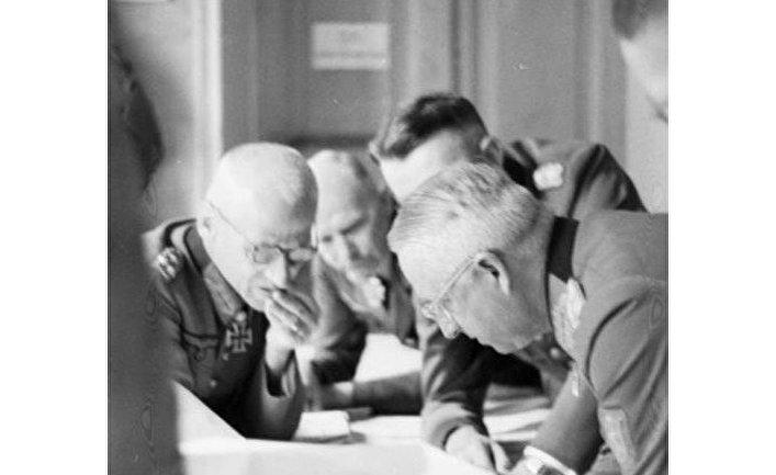 Эрих фон Манштейн в 1943 году на Украине