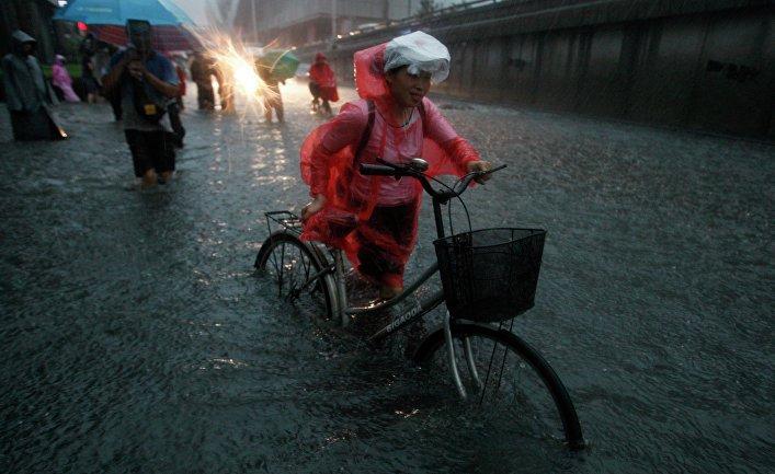 Последствия сильного ливня в Пекине