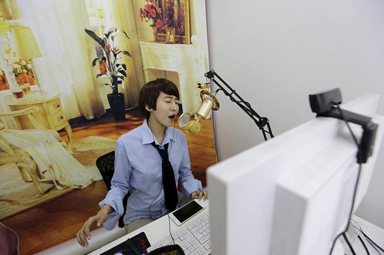 Онлайн-хостес Сунь Сяохоу
