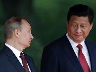 Владимир Путин с председателем КНР Си Цзиньпинем во время своего визита в Китай