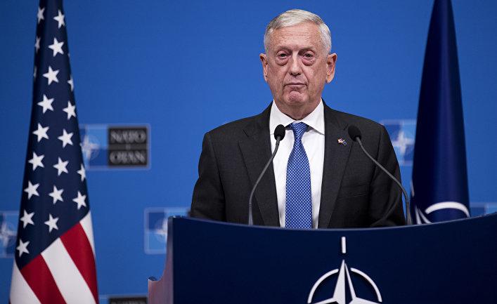 Министр обороны США Джеймс Мэттис во время стречи министров обороны стран НАТО в Брюсселе. 4 октября 2018