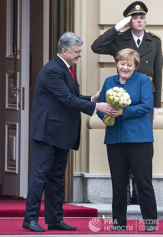 Встреча президента Украины П. Порошенко и канцлера Германии А. Меркель в Киеве
