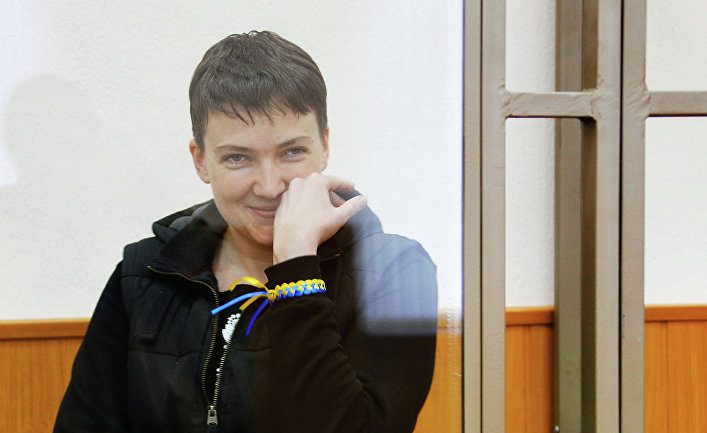 Гражданка Украины Надежда Савченко, обвиняемая в гибели российских журналистов в Донбассе, на заседании Донецкого городского суда Ростовской област