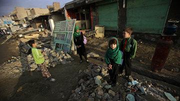 Афганские школьники в Кабуле