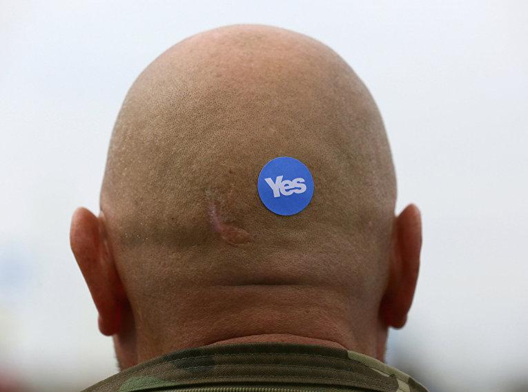 Сторонник незавимости Шотландии на митинге в Глазго