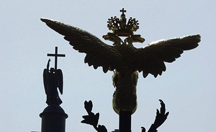 САНКТ-ПЕТЕРБУРГ ЗИМНИЙ ДВОРЕЦ ВОРОТА ФРАГМЕНТ