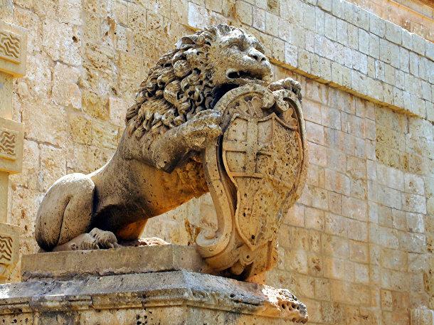 Лев на Главных воротах Мдины, Мальта