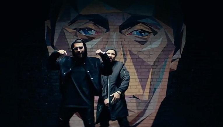 Кадр из видео «Лучший друг» Саши Честа и Тимати