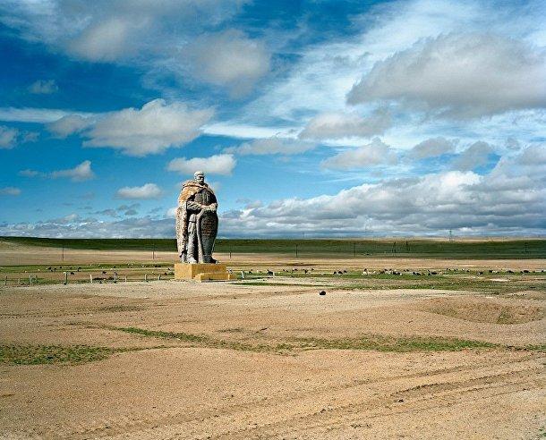Памятник на территории бывшего СССР