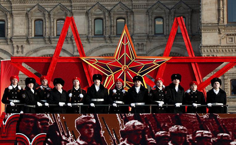 Марш, приуроченный к 77-й годовщине парада 1941 года