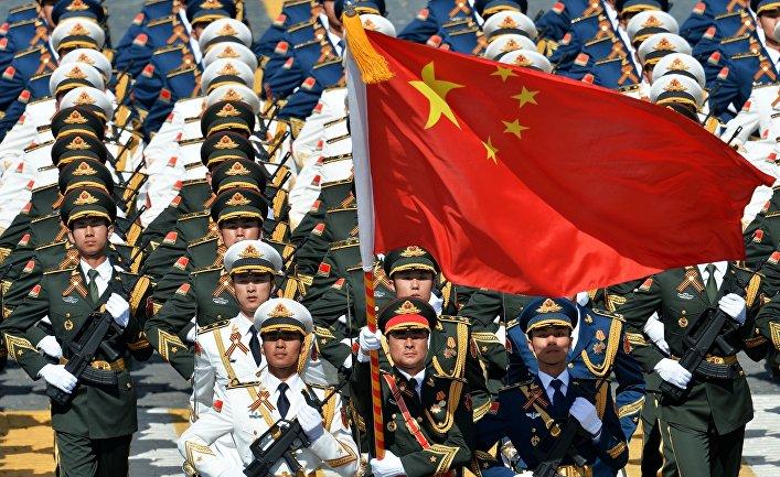 Военнослужащие Народно-освободительной армии Китая во время Парада Победы