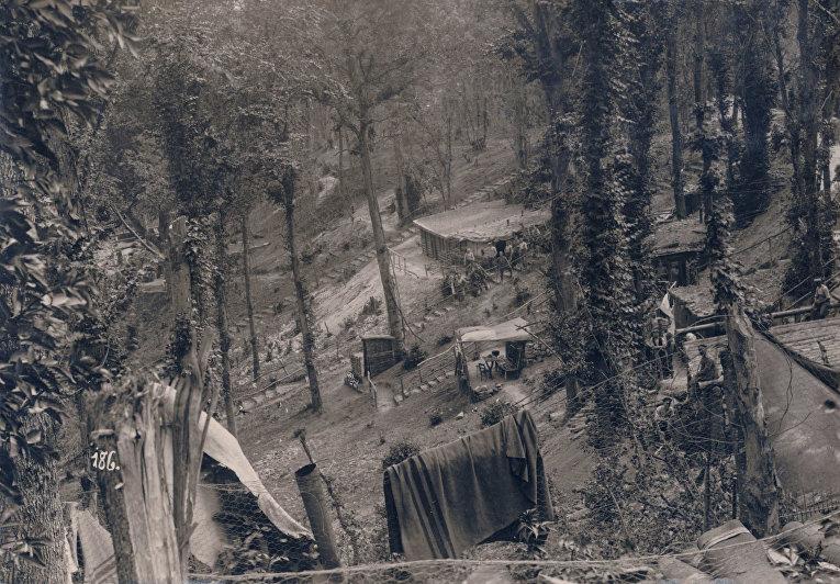 Немецкий лагерь за линией фронта