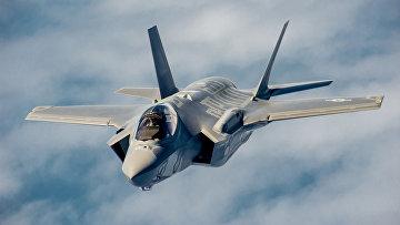 Истребитель-бомбардировщик пятого поколения F-35 «Лайтнинг» II