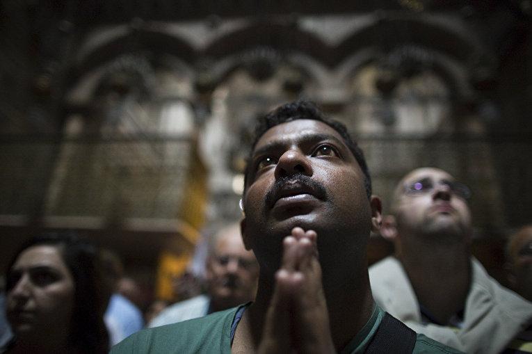 Страстная пятница в Храме Гроба Господня в Иерусалиме