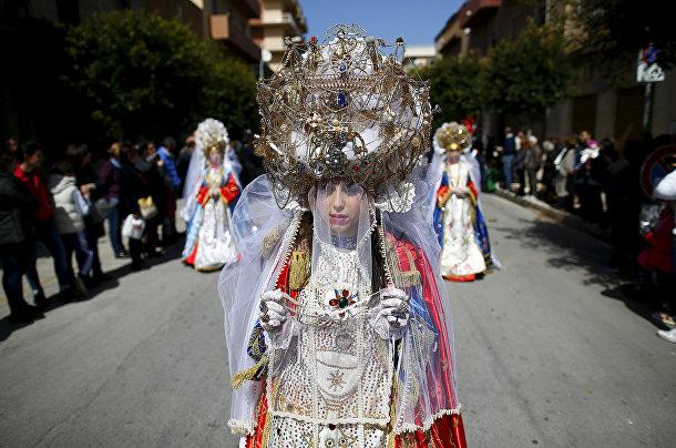 Процессия Святой недели в Марсале, Сицилия
