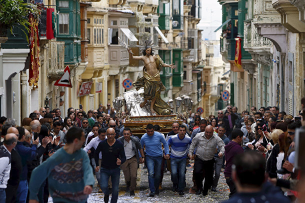 Пасхальная процессия на Мальте