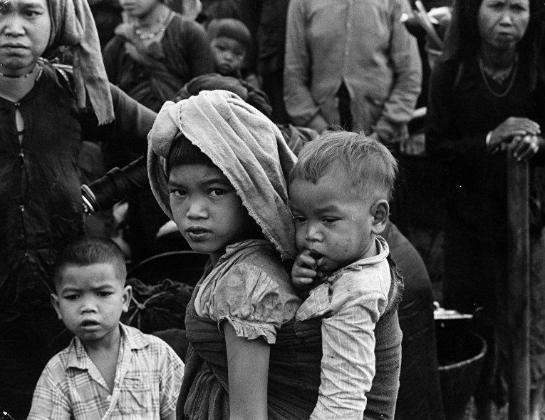 Беженцы во время войны во Вьетнаме