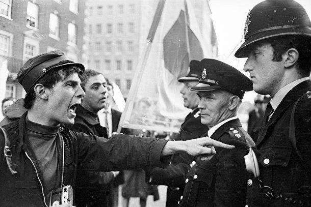Антивоенные протесты в Лондоне