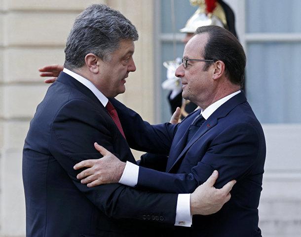 Франсуа Олланд и Петр Порошенко на марше единства в Париже