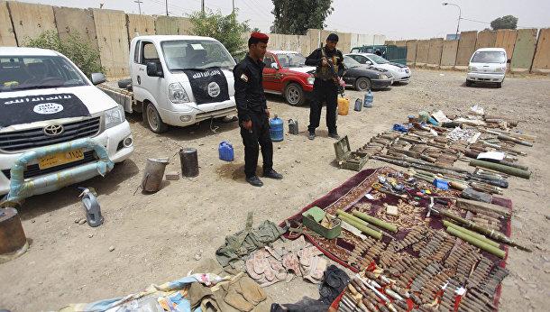Оружие, конфискованное у организации «Исламское государство Ирака и Шама»