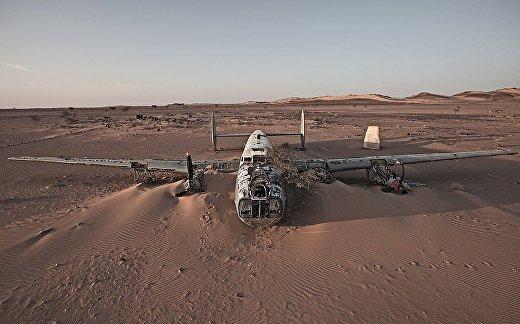 Самолет в Западной Сахаре