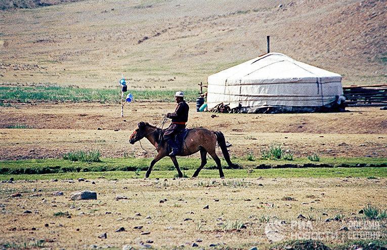 В предместье Улан-Батора в Монголии