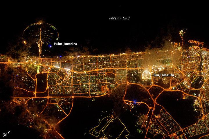 Космический снимок Дубая