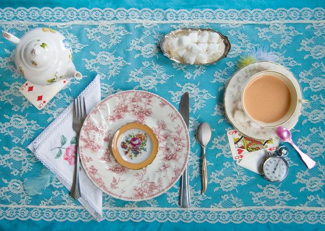 Еда из книги «Алиса в стране чудес»