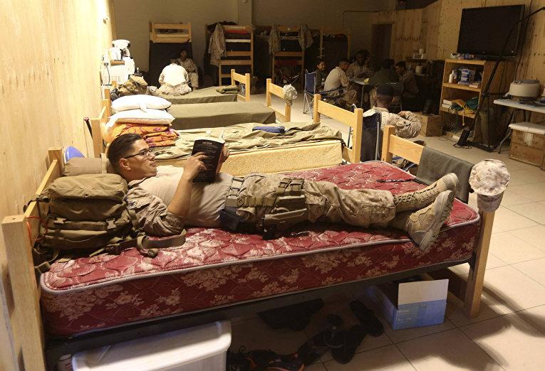 Американский солдат на военной базе Camp Bastion в провинции Гильменд