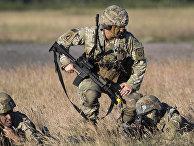 Американские десантники во время военных учений Saber Strike 2018 в Гайжюнае, Литва. 9 июня 2018