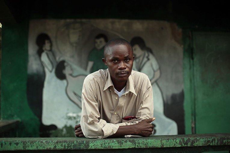 Джулиус Праут, выживший после заболевания лихорадкой Эбола