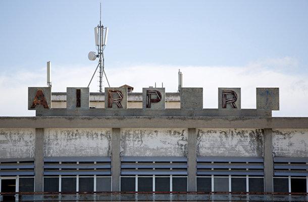 Заброшенный аэропорт внутри буферной зоны ООН в Никосии