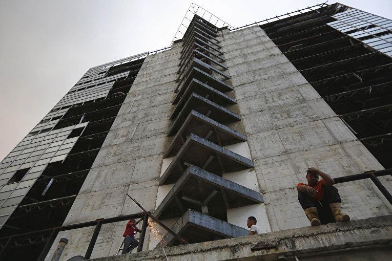 Тридцатый этаж небоскреба «Башня Давида» в Каракасе