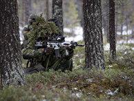 Шведский пехотинец на учениях Единый трезубец в Норвегии