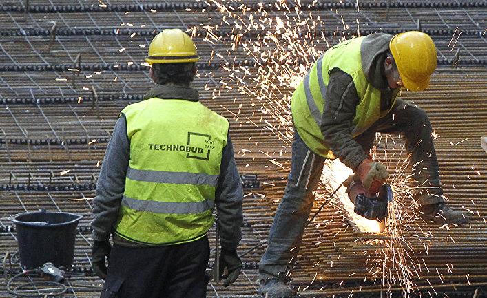 Работы по возведению стадиона к открытия чемпионата Европы 2012 в Варшаве