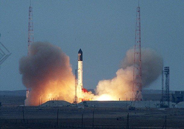 Российский «Протон» стартует с модулем «Заря» с космодрома «Байконур»
