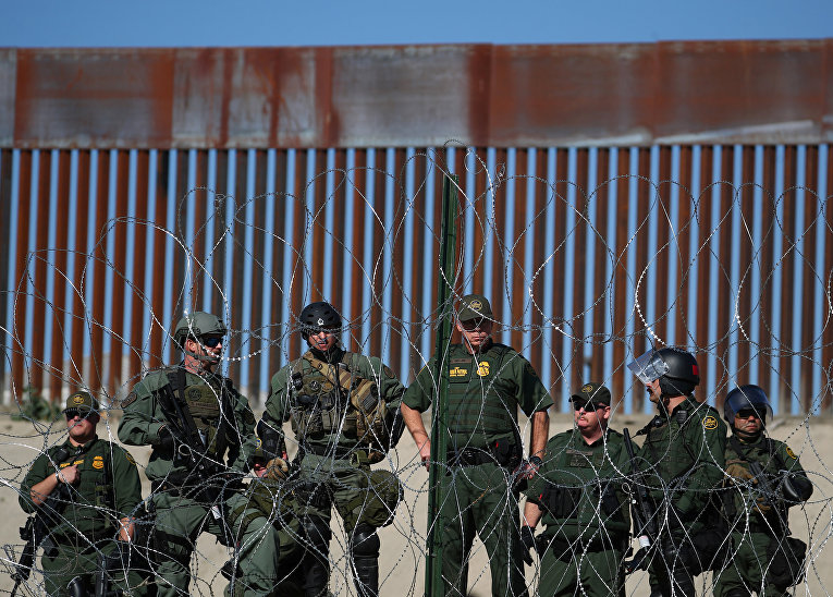 Пограничный патруль США на границе между Мексикой и Соединенными Штатами